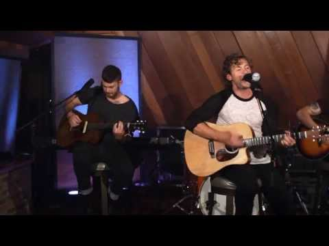 Brandon Lay - Never Look Back Town (Sound Stage Sessions)
