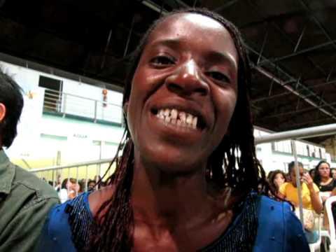 Baixar Vanderléia Pereira, pintora de construção