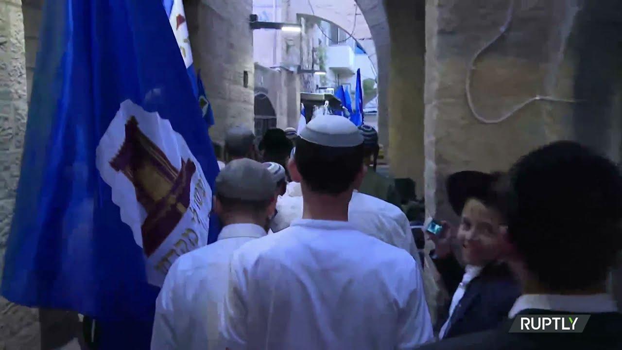 Jewish Worshipers Circle Temple Mount on Rosh Chodesh amid Tensions