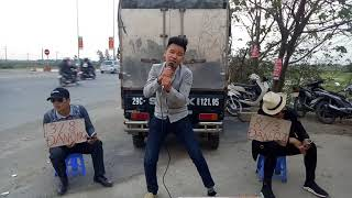 Suddenly the boy reclaimed 8/3 for men - comedy music Nguyen Vinh