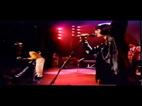VIDEO   Linda Ronstadt + Chuck Berry + Keith Richards   Back In The USA Live St Louis 1987