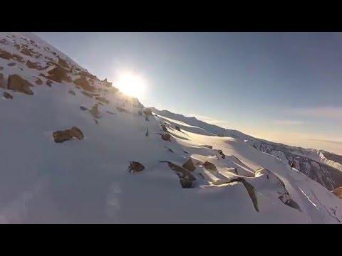 На сноуборде - проморолик