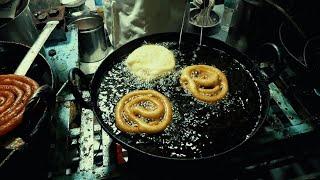 Big Jalebi    Joshi  Vada   amazing ninja skills   Sarafa Bazaar   Indore street Food - 1