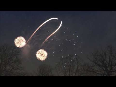 Glasgow Knows How To Do Fireworks Correctly...