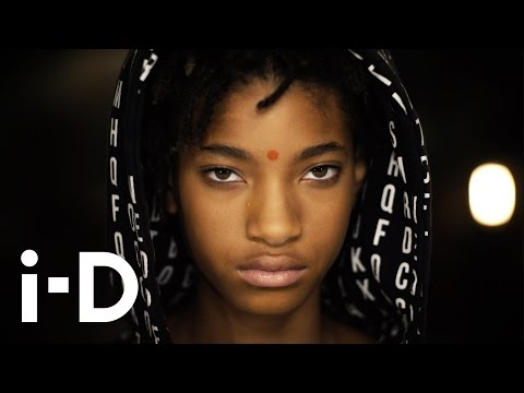 Willow Smith - Why Don't You Cry (Official Video)