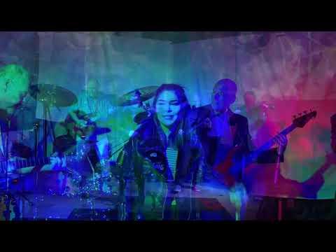 Amalia Lugo Fuentes - August Blade