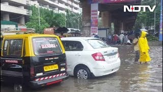 Mumbai sees worst rain crisis since 2005; Heavy rain expec..
