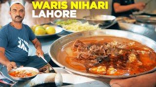 Street Food of Lahore | Waris Nihari & Hafiz Hotel Breakfast | Pakistani Food | Nalli Maghaz Special