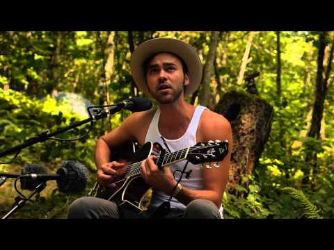 Shakey Graves - Daisy Chains (Live on KEXP @Pickathon)