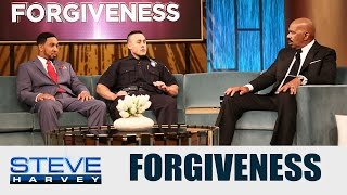 Cop approached the car and then this happened ...  || STEVE HARVEY