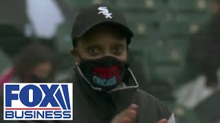 Chicagoans boo Democrats Pritzker, Lightfoot at White Sox home opener
