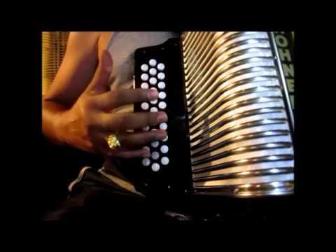 cruz de madera instruccional facil tutorial acordeon de botones sol hohner