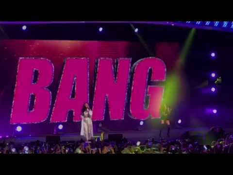 MAMAMOO Hwasa & Red Velvet Seulgi - Bang Bang @ KBS Music Bank Special Stage in Singapore