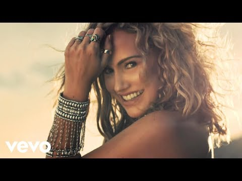 Fanny Lu - Llorar Es Una Locura (Video Oficial) ft. El Mola