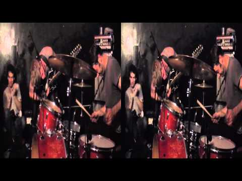 3D Live Music - Thee Oh Sees @ L'Heretic Bordeaux (04/05/2011) Part01