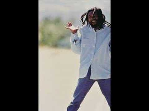 Baixar Lucky Dube - Love me (The Way I am)
