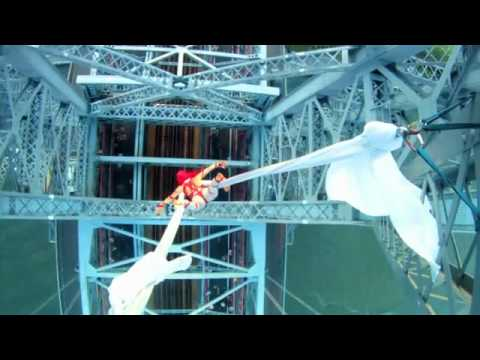 Baixar Tubidy MP3 - Aerialist Seanna Sharpe 285 Feet Over The Williamsburg Bridge