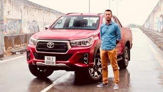 Đánh giá xe Toyota Hilux 2018 - thay đổi TÍCH CỰC (P.1) |XEHAY.VN|