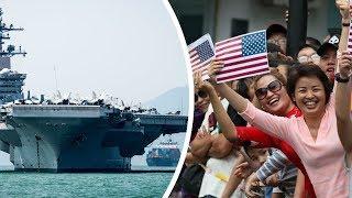 Dân Đà Nẵng đổ xô ra biển chào đón tàu sân bay Mỹ USS Carl Vinson đến Việt Nam