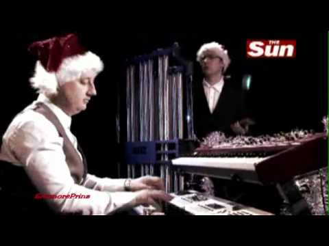 Hurts - All I Want For Christmas Is New Years Day (2010)