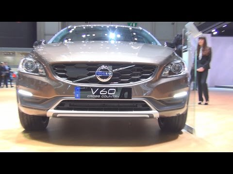 Volvo V60 Cross Country D4 AWD (2016) Exterior and Interior in 3D