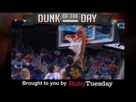 Ruby Tuesday Dunk Of The Day   Maryland's Dez Wells   ACCDigitalNetwork - Smashpipe Sports