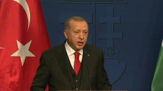 اردوغان يهدد مجددا quotبفتح الأبوابquot أمام المهاجرين إلى أوروبا   AFP ...