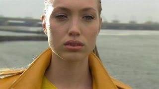 Akke Marije bijna huilend op de shoot - HOLLAND'S NEXT TOP MODEL