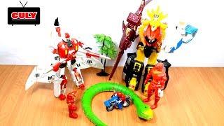 Siêu nhân gao đỏ đánh nhau với người máy Iron Man - đồ chơi trẻ em