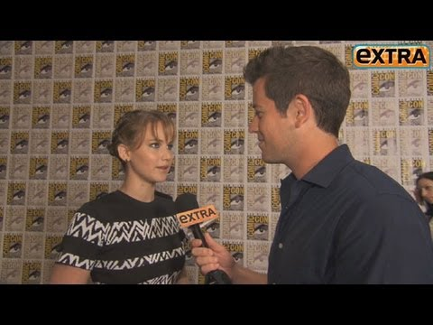 Comic-Con Madness! Jennifer Lawrence Videobombs Jeff Bridges ...