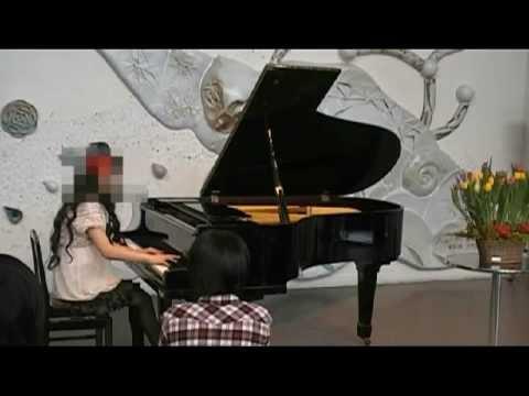 ピアノの発表会で「水樹奈々」さんの【深愛】を弾いてみた