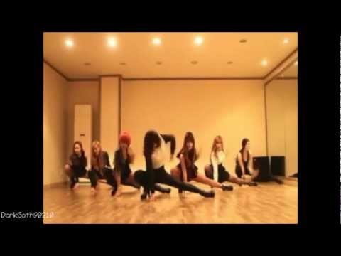Girls' Generation (SNSD) -