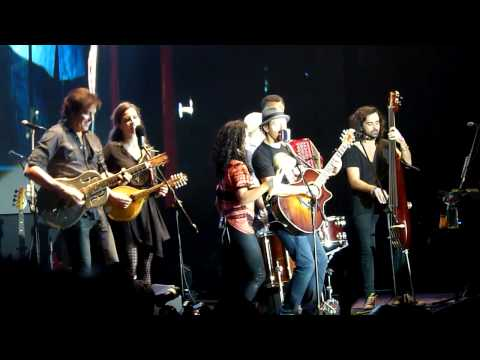Baixar Living in the Moment - Jason Mraz (Live in Manila 2013) [HD]