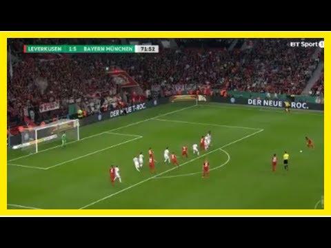 Siêu phẩm sút phạt không thể cản phá của Leon Bailey vào lưới Bayern
