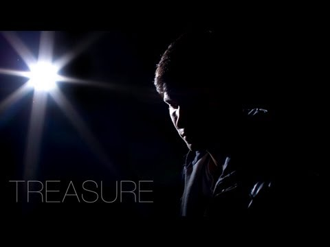 Baixar Bruno Mars - Treasure (Official Acoustic Music Video) - Cover by Corey Gray
