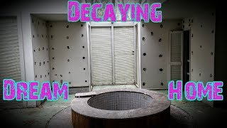 The Best Abandoned House I've Ever Seen! - Decaying Dream Home