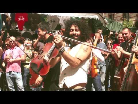 Ara Malikian & La Orquesta en el Tejado [Al aire de la calle #18] 2ª Parte
