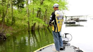 Brandon Coulter Elite Tips: Bass Fishing in the Spawn in rising waters