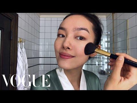Model Fei Fei Sun Perform Skin-Care Magic   Beauty Secrets   Vogue
