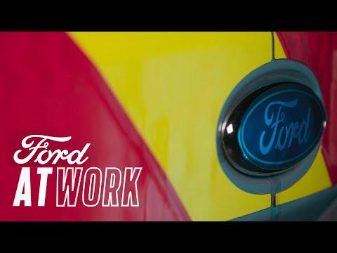 Elektroniske høyvisibilitetspaneler – At Work | Ford Norge