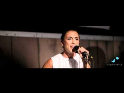 Medina - Ensom @ Acoustic Version