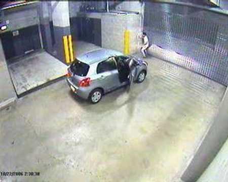 Еве како не се излегува од паркинг