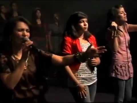 Hossana Pahola Marino Y Ticket Band Live En La Hermosa Church 9/2010