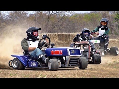 Lawnmower Racing Battle New Flash Game