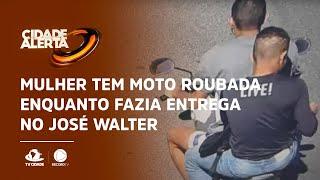 Mulher tem moto roubada enquanto fazia entrega no José Walter