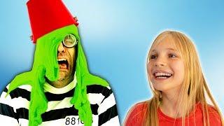 Amelia and Avelina halloween slime adventure and a magic cloak