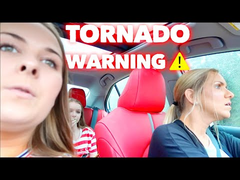 DRIVING IN A TORNADO WARNING + BACK TO SCHOOL SHOPPING | Family 5 Vlogs