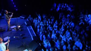Chris de Burgh - Say Goodbye To It All (Live Official)
