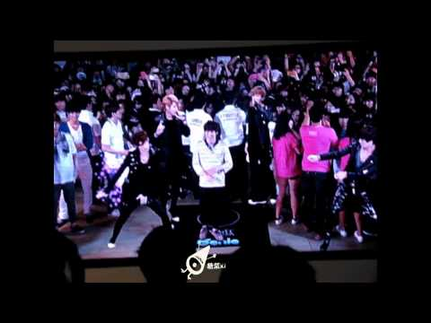 [fancam] 120810 EXO SUHO - Two Moons (Genie AR Show) @ S.M. ART EXHIBITION