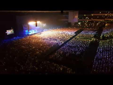 17 июля года imagine dragons перешли на новый этап, собрав тридцать тысяч русских фанатов на презентацию нового альбома evolve.